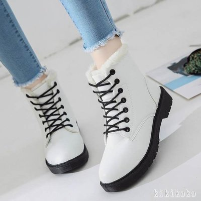 中大尺碼平底短靴 冬季新款韓版馬丁短靴冬鞋短筒雪地女鞋潮加絨百搭棉鞋 DR3661