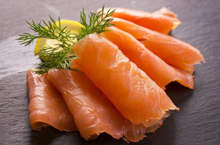 【年菜系列 】煙燻鮭魚(即食) / 250g以上~肉質甘醇鮮美~帶著特殊的燻香味~台灣生產製造