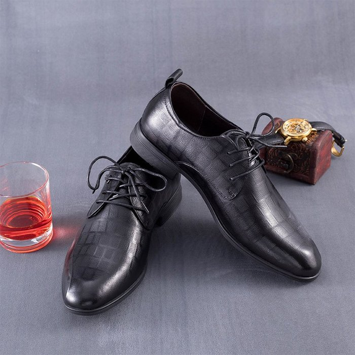 [C.M.平價精品館]新品特價/39~42碼/紳士品味隱格紋綁帶牛皮皮鞋
