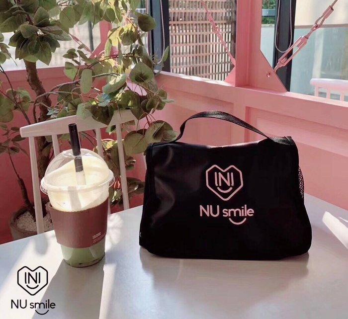 【現貨】妖精韓衣藏-正韓-韓國代購---NUsmile高質感大容量手提化妝包 HKB1118016