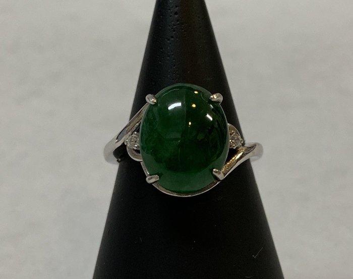 翡翠老坑綠戒指