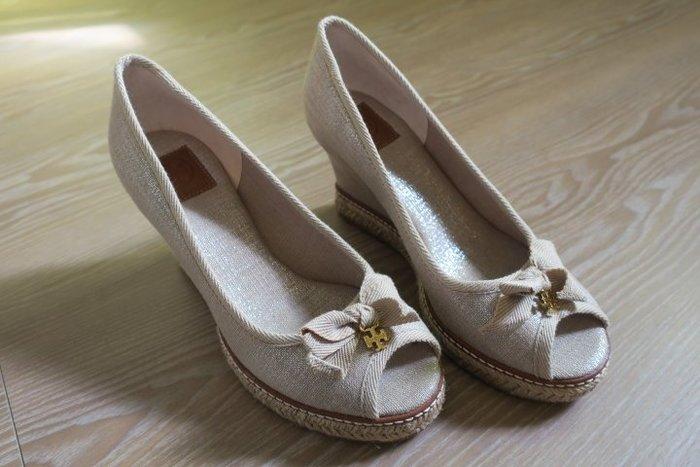 *Beauty*TORY BURCH亞麻色魚口楔型高跟鞋 we16 原價14900元