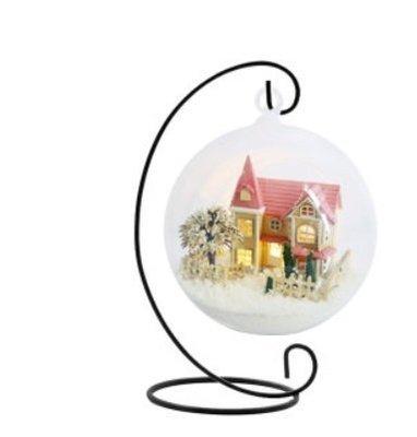 【微景小舖】洛麗塔夢家園+鐵架 手工DIY小屋 袖珍屋 娃娃屋 模型屋 材料包 玩具娃娃住屋 手做工藝 拼裝房子 禮物