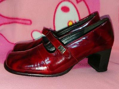甜甜妞妞小舖 ☆品牌  ALBS  酒紅色漆皮亮皮女鞋--手工上班鞋--中跟圓頭包鞋--5號