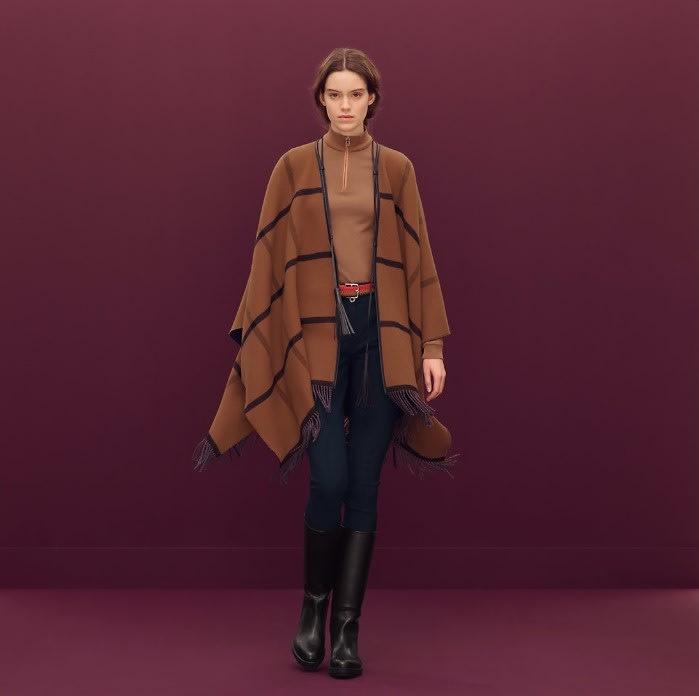 全新Hermès愛馬仕雙面穿(海軍藍/駝色)羊毛斗篷披肩大衣外套.Hermes現貨真品.10%cashmere羊絨