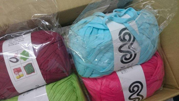 編織~精梳棉布條線 大捆裝Fettuccin~勾織地墊,包包,飾品~手工藝材料、編織工具、進口毛線、紙線☆彩暄手工坊☆