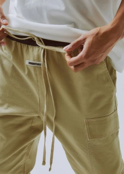全新商品 Fear Of God FOG Essentials Cargo Pants 工作褲 長褲 休閒褲 卡其色