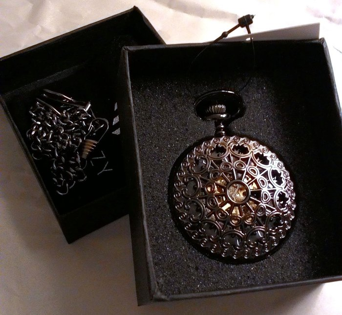 日本正版 MONOZY 復古 鏤空 機械式 懷錶 antq-metalmesh 附專屬收納盒和收納袋 日本代購