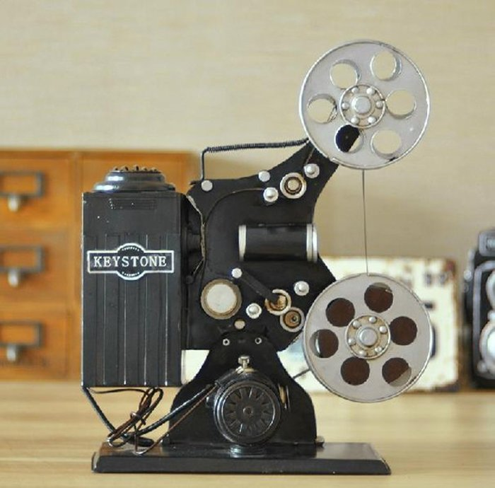 【優上精品】複古老式懷舊放映機模型擺件攝影道具裝飾品咖啡館擺設櫥窗陳列品(Z-P3228)