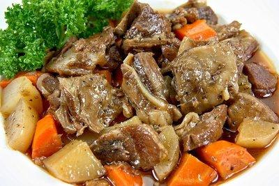【年菜系列】黑胡椒和風羊子排/約550g/包 肉質鮮嫩沒有羊騷味 醬汁調理入味 教您做美味的紅白蘿燴黑胡椒羊子排
