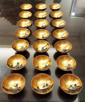鳳崗文創---{文房41}---日本老漆器金地山水蒔繪木盃21入--尺寸約:6.8*6.8*3cm