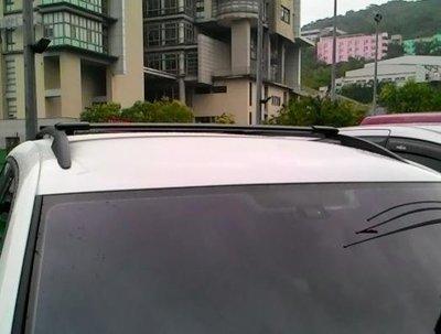 DE連長--VOIKSWAGEN  Tiguan  原廠型(美規) 車頂行李架橫桿 置放架 可放置衝浪板 鋁梯 行李盤