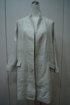 Loro Piana  米色立領七分袖外套   原價  124300     特價  24000