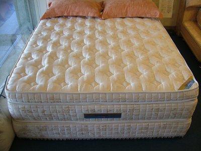 尊爵床墊~~~4線上墊5.5CM純天然乳膠護背雙層高皇諾1088型獨立筒床墊雙人5尺 另有其他和訂製尺寸