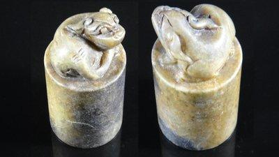 [福田工藝]和闐青白古玉/祥獸玉印/雕工精美質質地通靈顏色陶喜[M51]