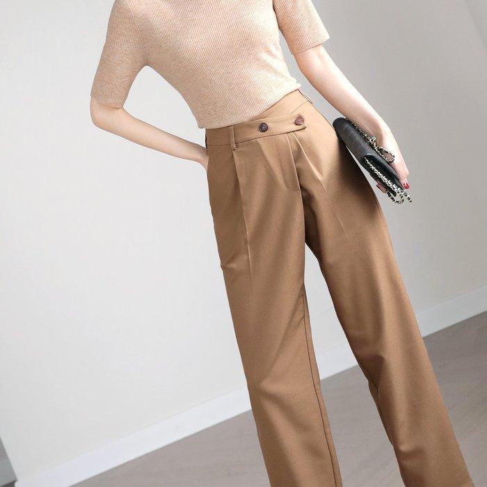 ER 灑脫別緻 上身就有優越感 細節精緻 斜門襟 高腰錐形九分褲