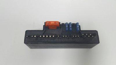 W210 1996-1997 K40 汽油泵浦 超高壓 輔助風扇 喇叭 繼電器 啟動馬達 (外匯) 2105400272