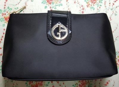 【巴黎淑女】 Giorgio Armani GA 亞曼尼 黑色拉鍊手拿包/ 化妝包/ 長夾/ 晚宴包 質感很好 附紙盒 新竹市