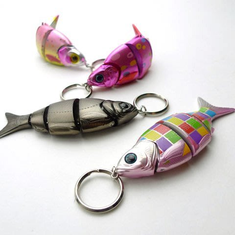 日本療癒系文具~FiiiiiSH--魚型趣味鎖匙圈Fish KeyChain會動的魚鎖圈.精緻特別. 全色齊全