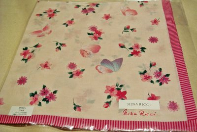 全新日本帶回日本製 NINA RICCI 100% 純棉方形領巾方巾絲巾手帕 2,低價起標無底價!本商品免運費!