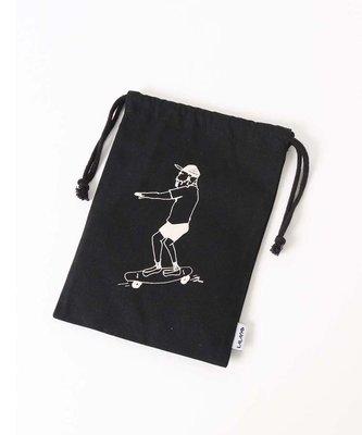 日本 Bleu Bleuet 關西繪畫家 sunn 手繪滑板老人 黑色帆布 收納小袋 ( $120 包順豐 )