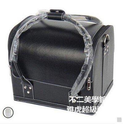 【格倫雅】^大號收納化妝箱/化妝包 手掌紋大容量化妝師跟妝黑色26868[g-l-y01