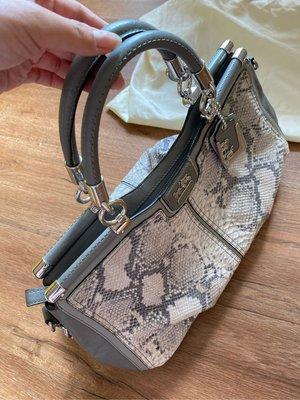 二手近新-正品Coach稀有蟒蛇皮包 手提肩背兩用包 限量品