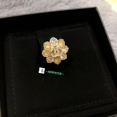 ~AC時尚巴黎~CHANEL 「稀有」花瓣造型 搭配 經典的 Logo 與 水鑽 戒指 台北市