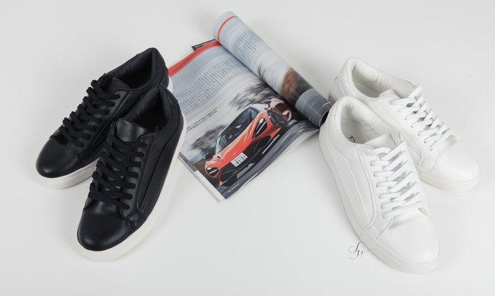。SW。【W51162】正韓 韓國製 雅痞 質感皮質 小增高顯瘦 同色拼接 白黑 英倫休閒鞋 GD