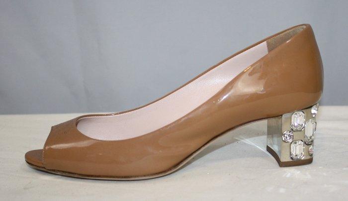 海洋工坊二手名牌旗艦店~MIU MIU 膚色鑲鑽中跟鞋(Size:35 1/2)