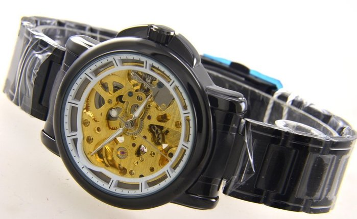 (六四三精品)錶徑3.8公分.正反面鏤空.金色機芯.黑色烤漆式錶殼及錶帶.自動上鍊機械錶
