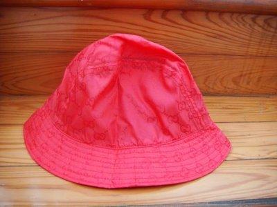 GUCCI 紅色帽子