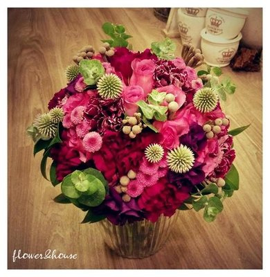 F21-新娘捧花。紫色系手綁花。拍照捧花。結婚捧花。求婚。【Flower&House花藝之家】