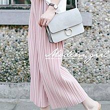 Modem Girl♥韓組 好穿 顯瘦款 舒服涼感 寬板百摺八分褲