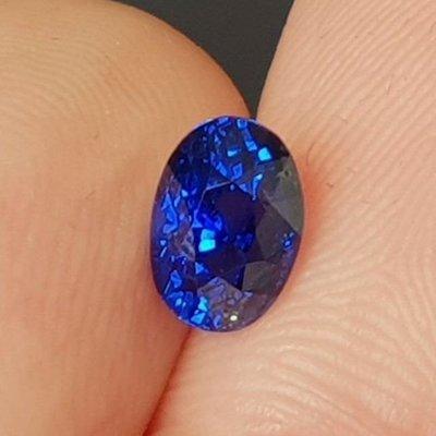 揚邵一品(超特價中)1.52克拉皇家藍(附國外證書)錫蘭頂級天然皇家藍寶石(斯里蘭卡) 又藍又閃