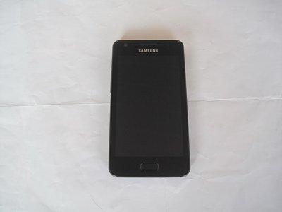 三星輕薄雙核 Android 智慧型手機 SAMSUNG GALAXY R i9103 極致逼真的顯示效果 高速作業能力