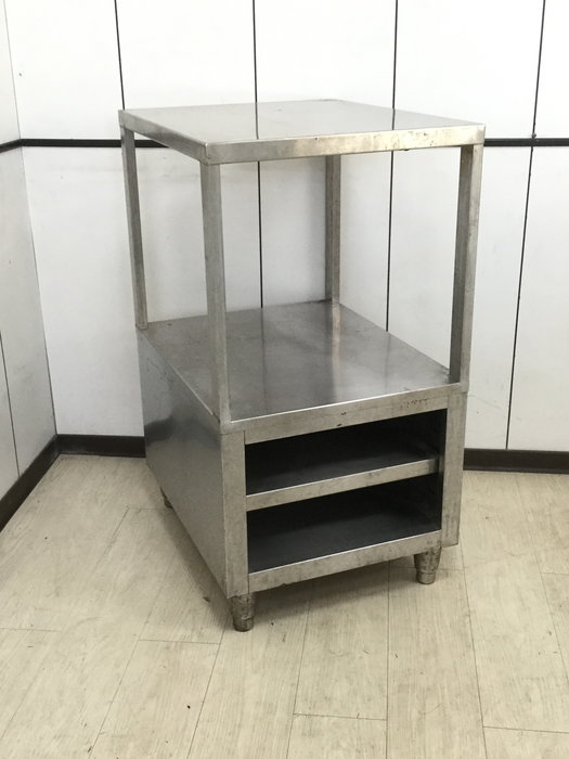 鑫忠廚房設備-餐飲設備:二手小型工作台小廚櫃-賣場有烤箱-快速爐-西餐爐-冰箱-油炸機-電磁爐-微波爐-海產爐-水槽