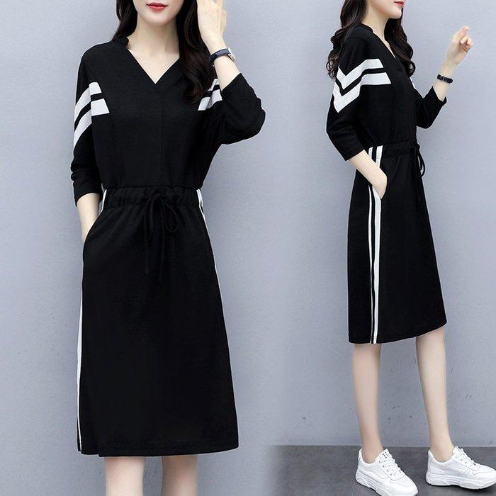 [C.M平價精品館]4XL現貨/側直槓設計大方有型收腰顯瘦黑色長袖洋裝  加大碼