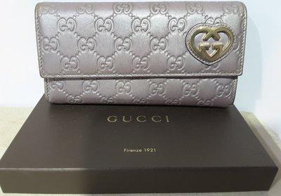 8成新】㊣Gucci古馳義大利製紫色愛心全皮壓紋大容量女仕長夾,附專櫃禮盒,僅此一組