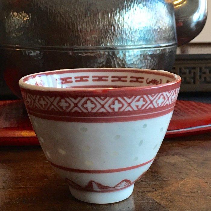 米香杯玲瓏瓷桃紅色米胎民國時期1949-1977年單個350元 可以堂普洱茶苑