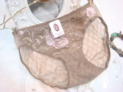 拜金的店 曼黛瑪璉內褲   M號 F8297  OP膚色內褲