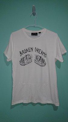 5折出清價 MARC JACOBS STITCHES  Charity Broken Dreams T恤 M