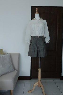 專櫃Vert Dense 深咖啡 毛料短褲