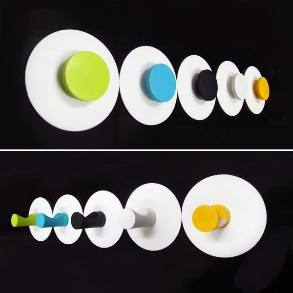 免鑽孔『嶄新、可靠、超黏性怪力貼』主動式強力黏著性,可拆卸換位重複使用。可廣泛運用在懸掛物件、吊衣服、廚房架、置物架