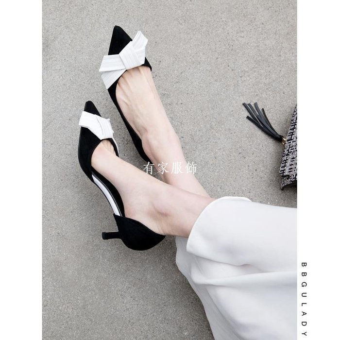 有家服飾韓國BB古【羊皮墊腳系】2019真皮側空尖頭真皮高跟鞋細跟高跟單鞋