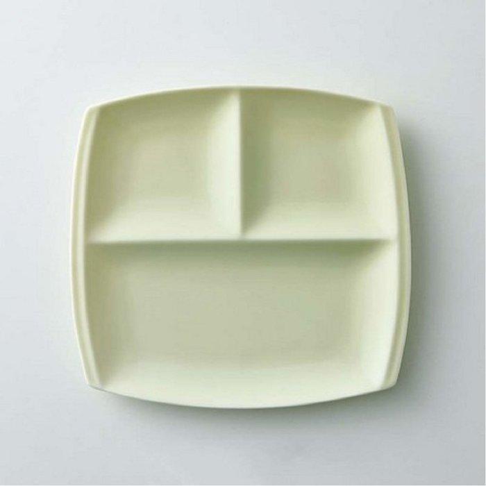 [霜兔小舖]日本代購 日本製 小田陶器 美濃燒 titto 三格午餐盤  淺綠色  西餐具  21cm