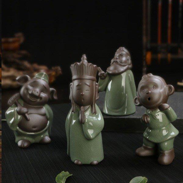 5Cgo【茗道】含稅會員有優惠 520385801512 西遊記哥窯茶寵佛像小和尚紫砂豬八戒悟空唐僧茶具道茶盤擺件 單個
