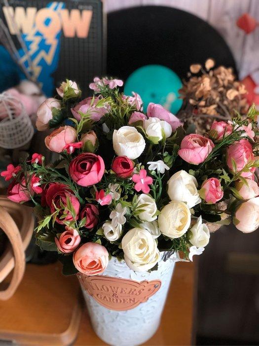 招財寶 山茶花 10頭 一束 仿真花 質感高 彩色 裝飾 佈置 假花 紅色 紫色 白色 婚禮 佈置 塑膠花 花木馬