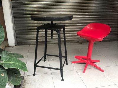 【 一張椅子 】 復古工業風 loft 可升降 四腳吧台桌