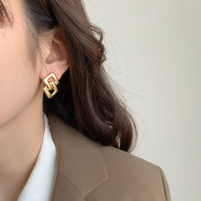 SWEET COVE~小眾獨特耳環女夏季款設計感耳釘2021年新款潮簡約ins冷淡風耳飾